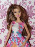 Barbie Fashionistas Teresa - 2015