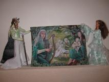 Kráľ Thranduil v bielom brnení a kráľovná Esteliel