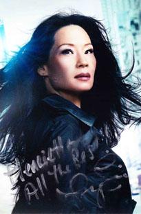 Lucy Liu autograph